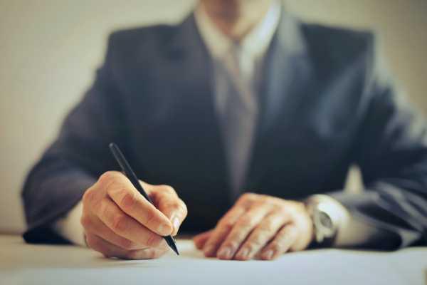 advokát obchodní právo